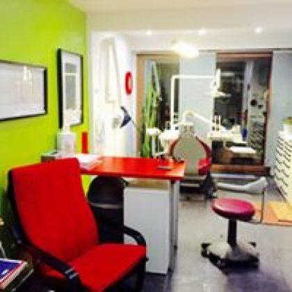 מרפאת שיניים, בריסל, בלגיה.